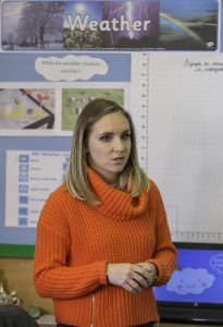 Picture by Allan McKenzie/YWNG - 17/11/2016 - Press - Abbie Dewhurst - Rooks Nest Primary School, Wakefield, England - Weather presenter Abbie Dewhurst visits Rooks Nest academy to talk about the weather.